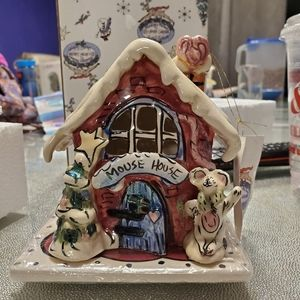 Blue Sky mouse house